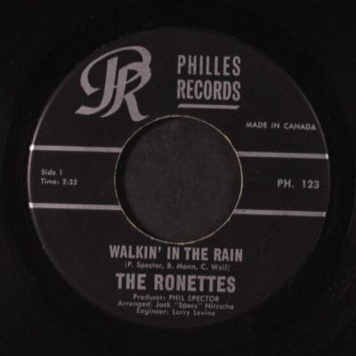 Walking in the Rain – The Ronettes