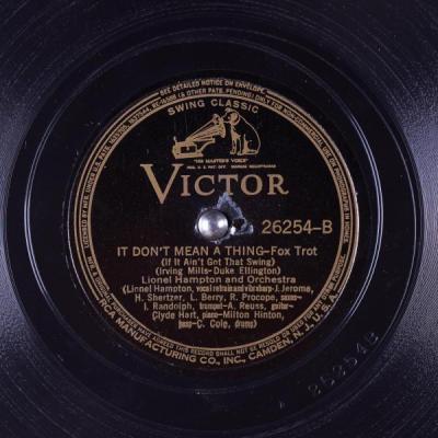 Duke Ellington- It Don't Mean a Thing (If It Ain't Got That Swing)